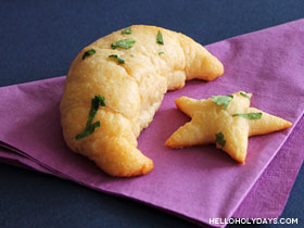 Crescent Star Garlic Bread Bites