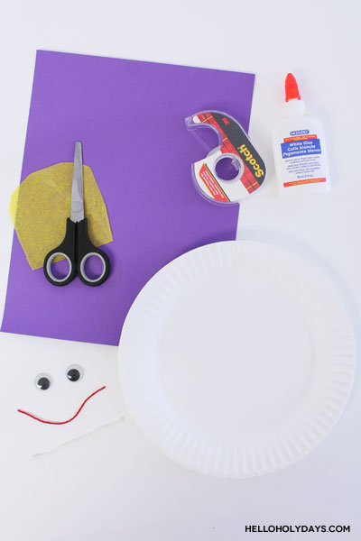 Materials to make the Ramadan Drummer Paper Plate Craft by Hello Holy Days! Learn more about the fictional Ramadan Drummer on www.helloholydays.com