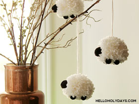 Eid al Adha Pom Pom Sheep Centerpiece by Hello Holy Days!