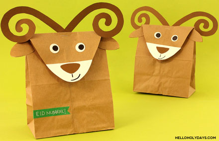 DIY treat bags shaped like a ram for Eid al Adha by Hello Holy Days!