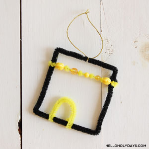 Eid al Adha Pipecleaner Kaaba Craft